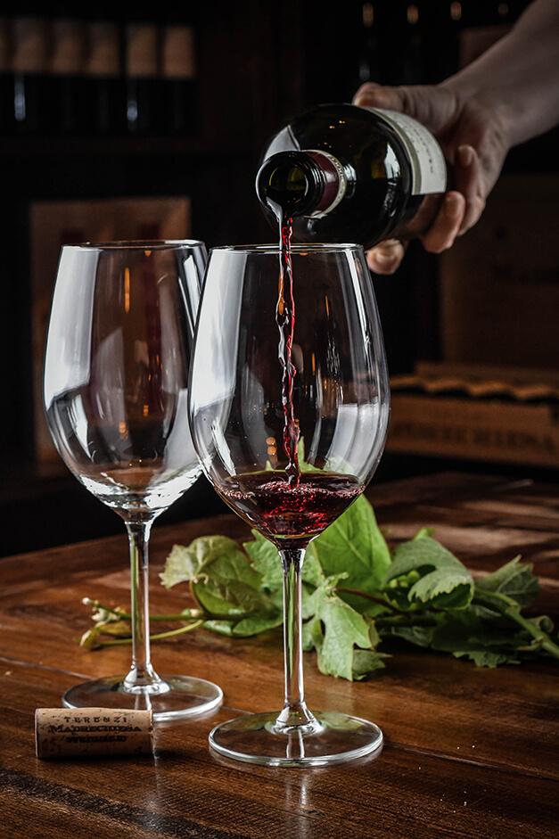 wine-tasting-tuscany-terenzi-morellino-scansano