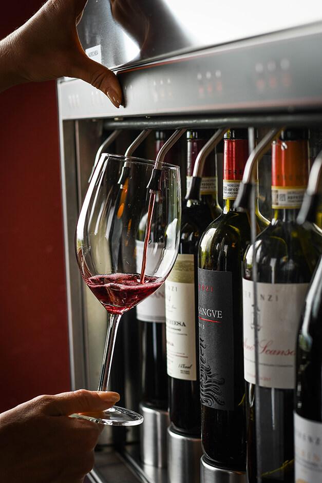 wine-tasting-resort-tuscany-terenzi
